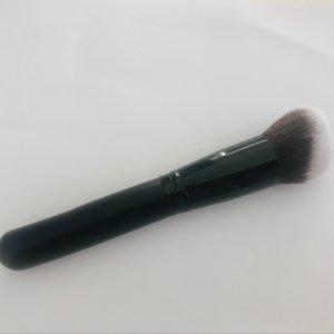 Angled Blending Brush for Face