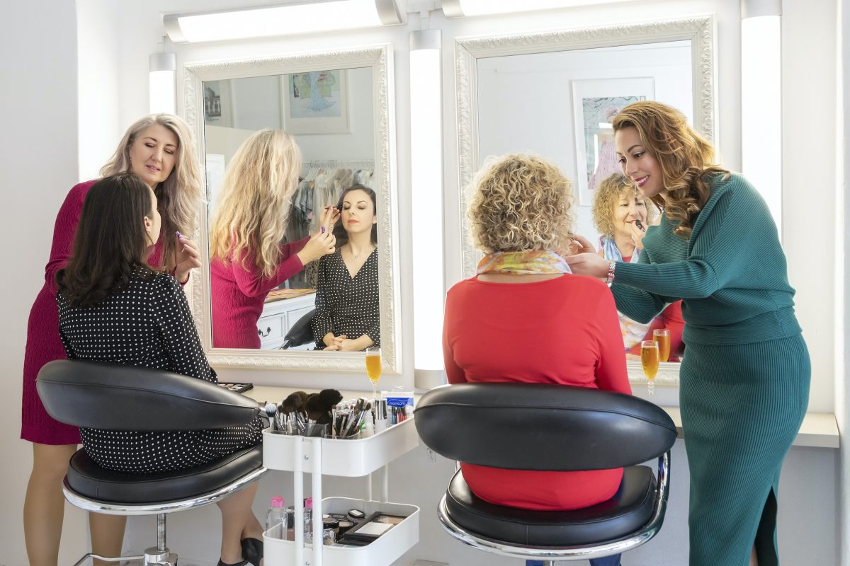 Make-up consults